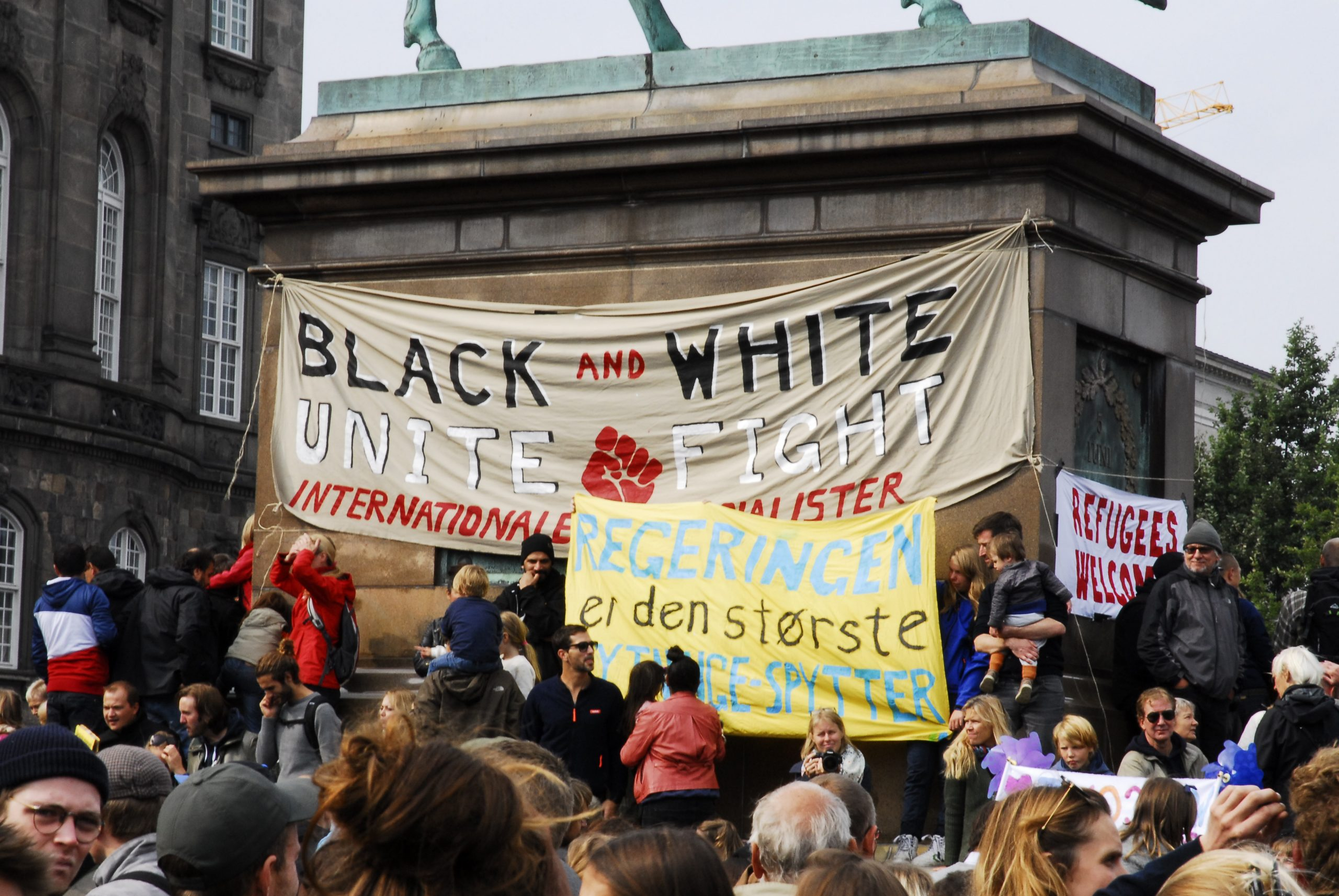 Anti-racism_demonstration,_Copenhagen,_Denmark,_2015_03